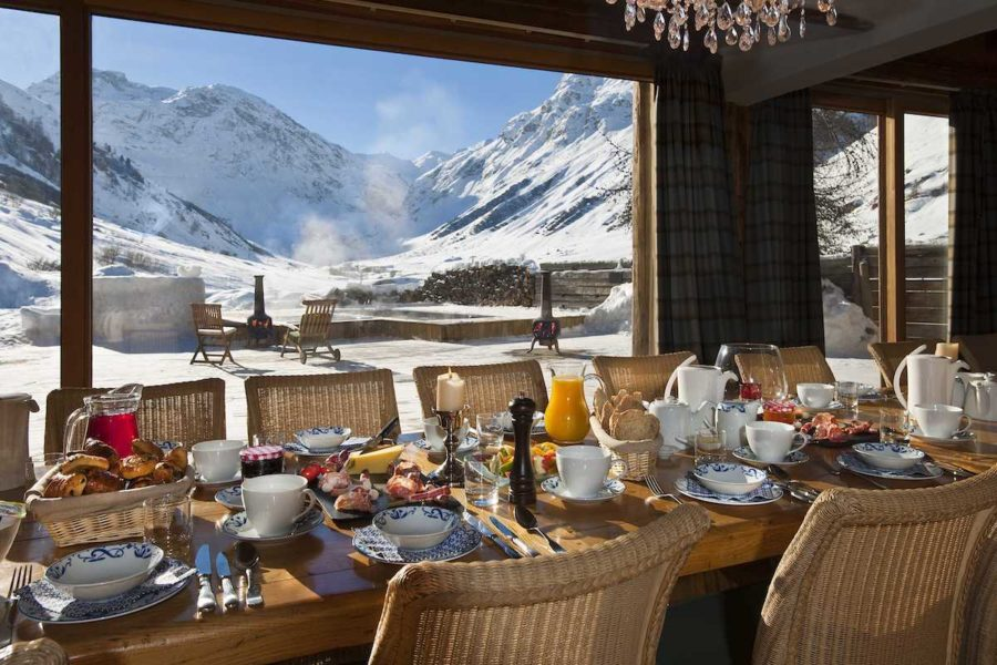 Le-Chardon-Breakfast-and-View 1200x800