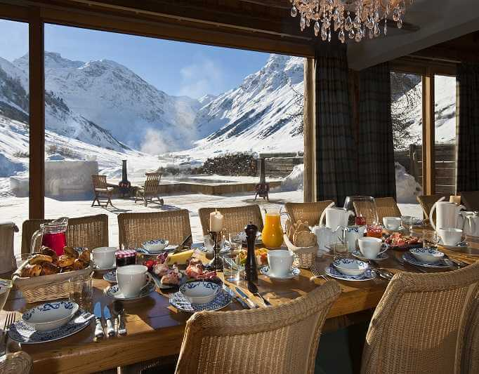 Val d'Isere mountain lodge service options